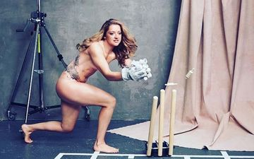 English Cricketer Sarah Taylor's Bold And Beautiful Pictures That Will Bowl You Over