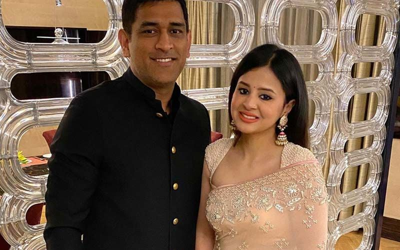 MS Dhoni And Sakshi Dhoni's Instagram Pictures Are Pure LOVE