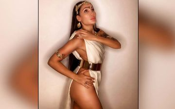 Times When Controversy Queen Sofia Hayat Went Almost Nude For The Lens- PICS
