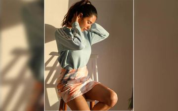 Sonam Bajwa Looks Radiant In Her Sun Kissed Picture
