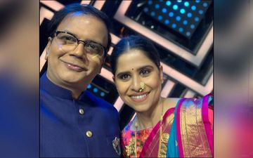 Saleel Kulkarni Shares Stage With Sai Tamhankar On Maharashtrachi Hasyajatra
