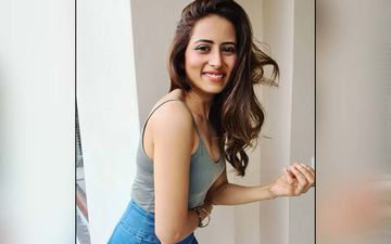 Sargun Mehta Pens Down Emotional Message For Neeru Bajwa