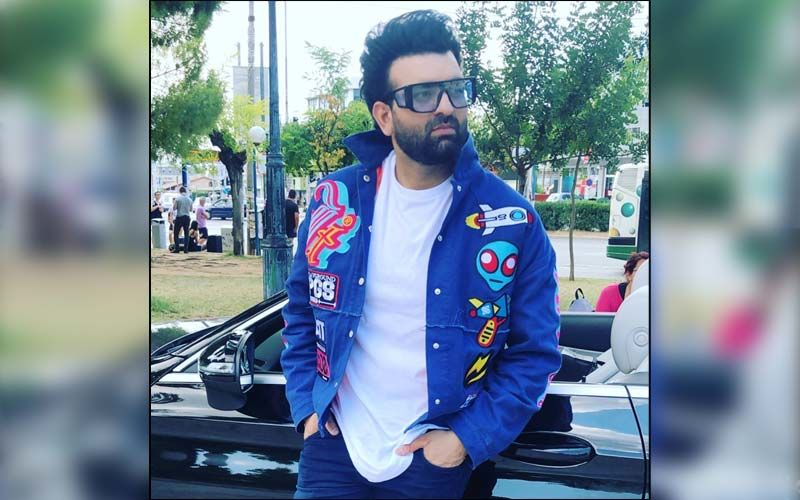 Singer Navraj Hans To Come Up With His New Song In October