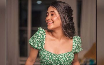 Yeh Rishta Kya Kehlata Hai Star Shivangi Joshi's Love For Whites Is Evident In These Beautiful Pictures; The Actress Looks Like A Dream