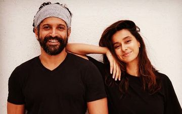 Farhan Akhtar And Girlfriend Shibani Dandekar's Pictures Are All Love Soaked; Take A Look At The Couple's Latest Clicks