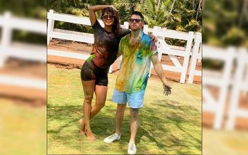Priyanka Chopra And Nick Jonas' Love Soaked Pictures Are Too Hot To Handle