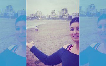 Twinkle Khanna Is NOT SORRY For Her Comments On Open Defecation