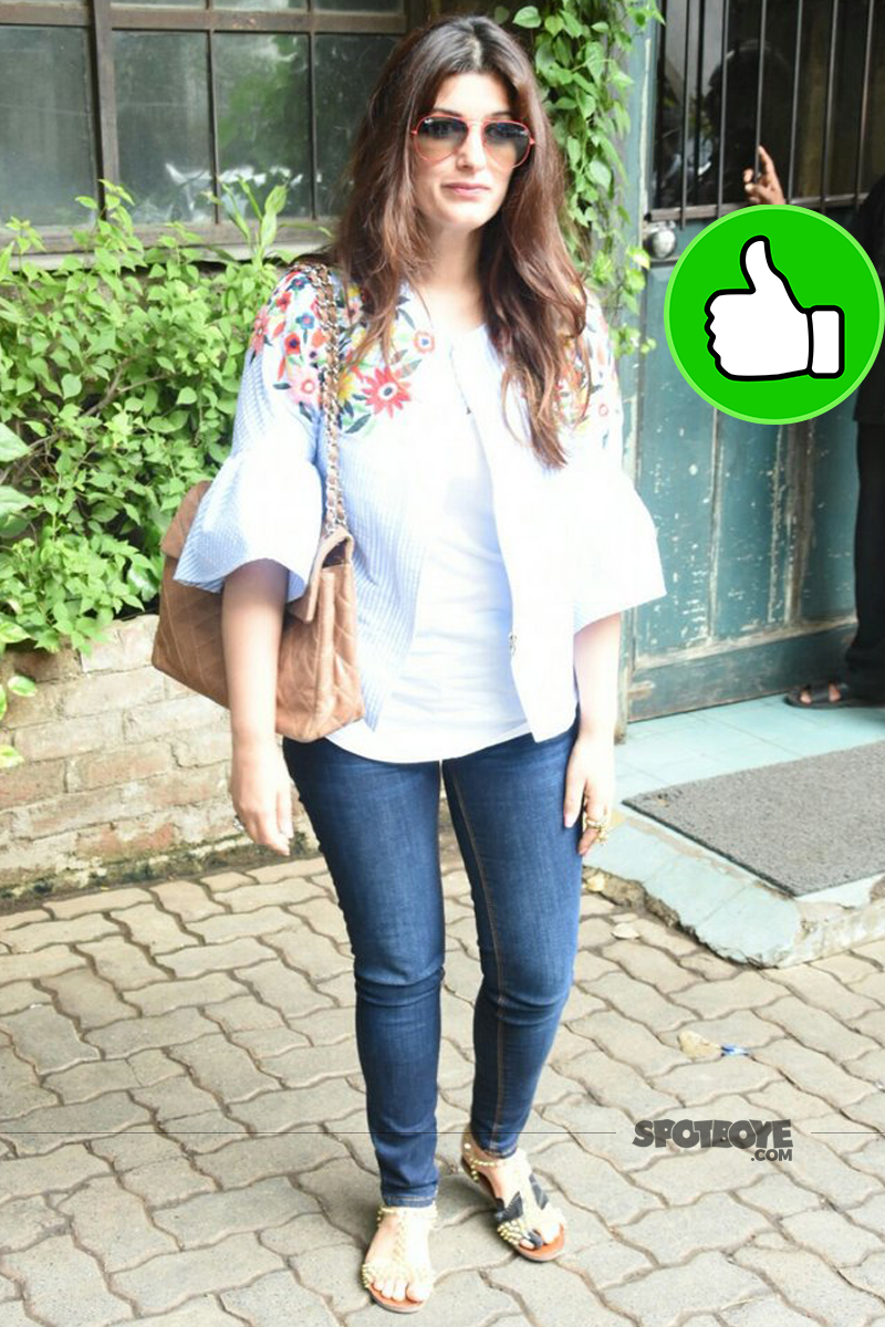 twinkle khanna snapped post lunch in bandra