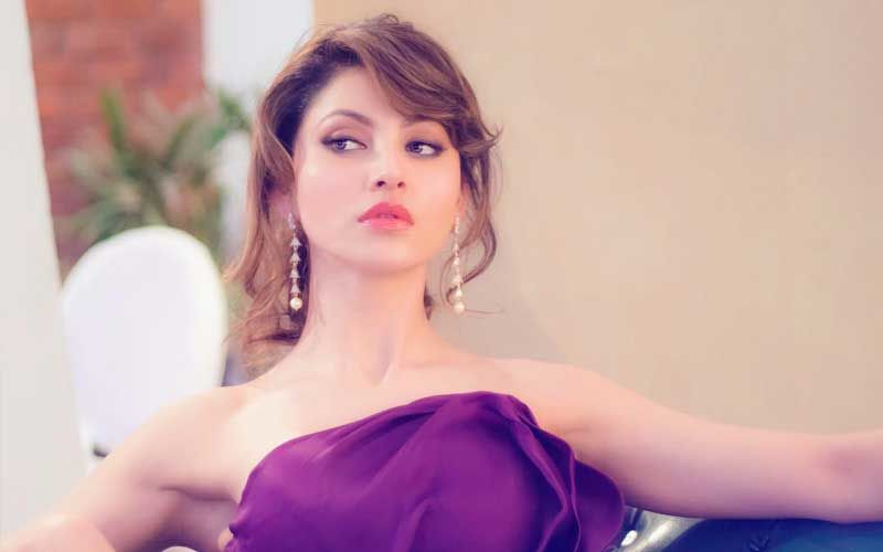 Urvashi Rautela Apologises For Copying Supermodel Gigi Hadid's Social Media Post!