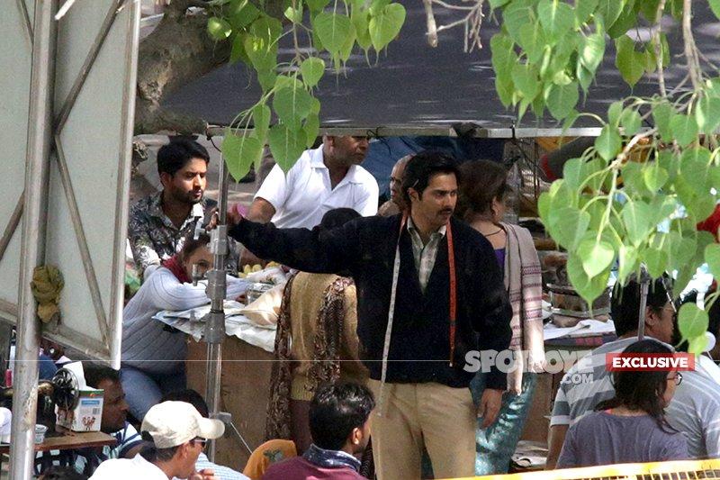varun dhawan gets into his character