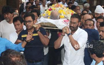अजय देवगन ने अपने पिता को नाम आंखों से दी विदाई, देखें वीडियो