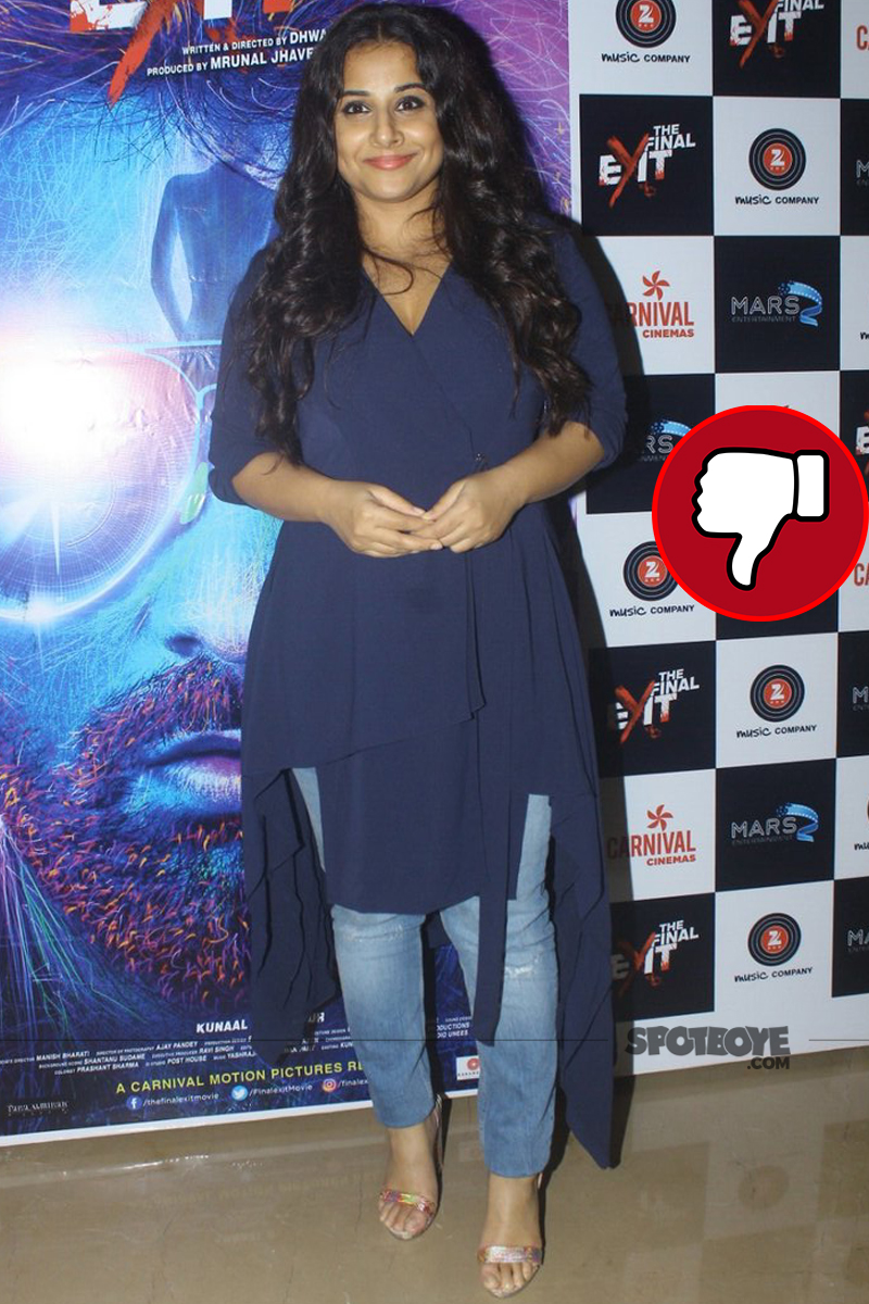 vidya balan poses for the shuttterbugs