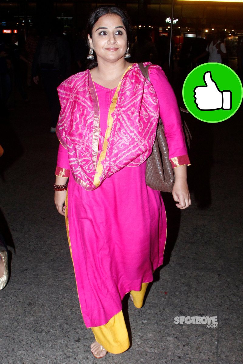 vidya balan snapped at the airport