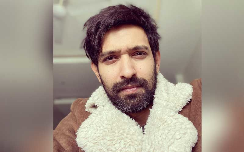 Netizens Label Vikrant Massey As 'Misogynistic' After He Writes 'Dainty Little Princesses' In A Tweet: Renders An Apology