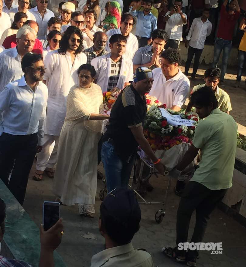 vinod khannas funeral