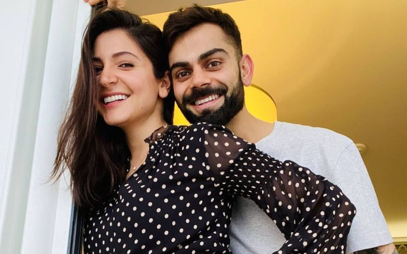After Preggers Anushka Sharma, Dad-To-Be Virat Kohli Is All Smiles As He Poses In The Gym; Flashes A Wide Grin With Victory Sign - PIC
