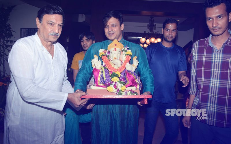 Vivek Oberoi & Co. Bid Goodbye To Lord Ganesha