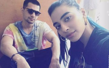 After Cupping Therapy, VJ Bani & Yuvraj Thakur Head For A Romantic Holiday