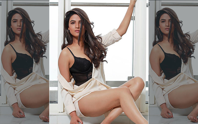 We Bet You Haven't Seen These BOLD Pictures of Khatron Ke Khiladi 9 Contestant Jasmin Bhasin