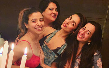 Malaika Arora Gets Trolled For Placing Her Hand Inappropriately On A Friend