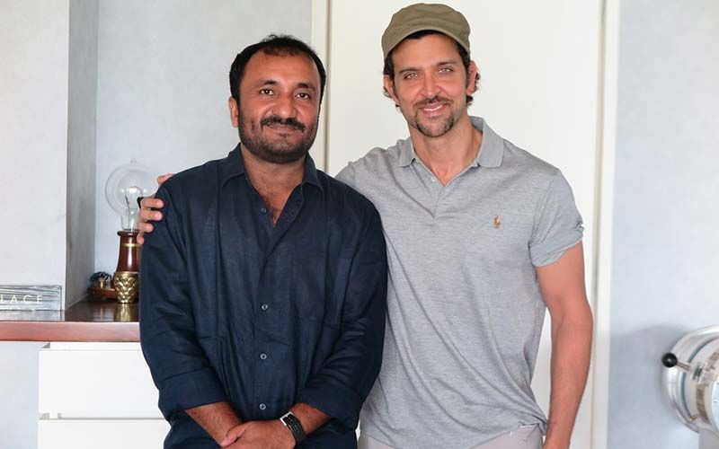 When An Engrossed Hrithik Roshan Forgot To Wear Slippers During His Conversation With Real-Life Super 30 Hero Anand Kumar