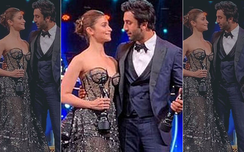 "Filmfare Awards 2019 Big Moment: Alia Bhatt Publicly Tells Ranbir Kapoor, ""I Love You"""
