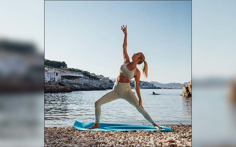 International Yoga Day 2020: These 5 Easy Yoga Poses Can Help You Fight Depression