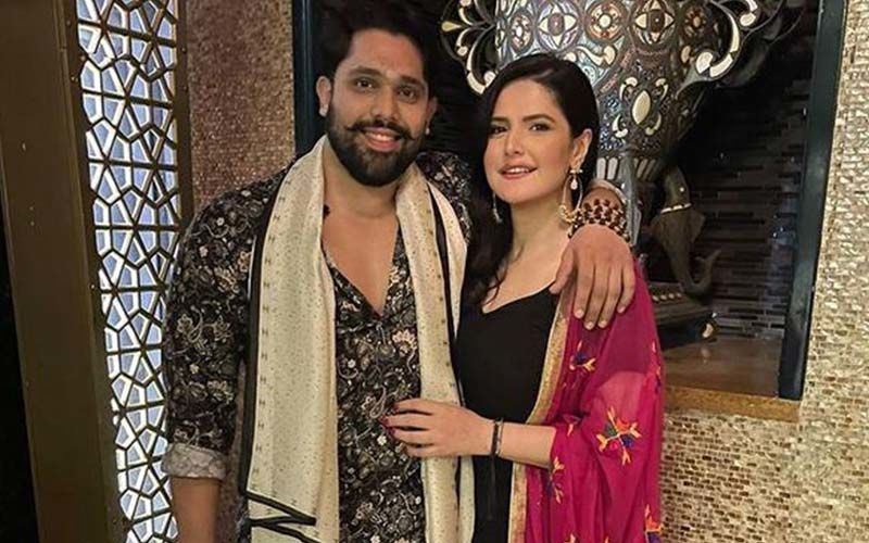 Zareen Khan Is Indeed Dating Bigg Boss 12 Fame Shivashish Mishra; The Couple Is Vacationing In Goa