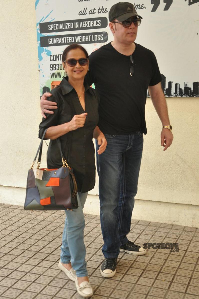 zarina wahab with aditya pancholi