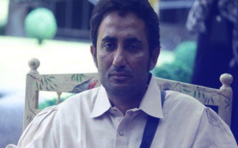 Bigg Boss 11 Contestant Zubair Khan Arrested By Mumbai Crime Branch